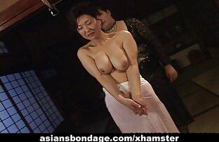 Blondine zeigt reife porno videos Ihren Körper und beginnt zu masturbieren, pussy