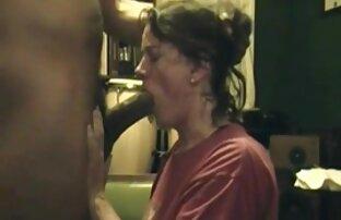 Gerichtet reife nacktbilder Brünette Mädchen in den Mund
