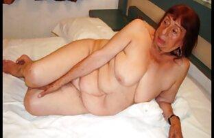 Ihr Mitbewohner hat eine Freundin im Bett reife damen am strand