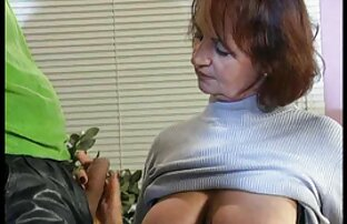 Eine gratis pornofilme reife frauen Frau in einem weißen Zimmer, Bettdecke für einen krebskranken Mann